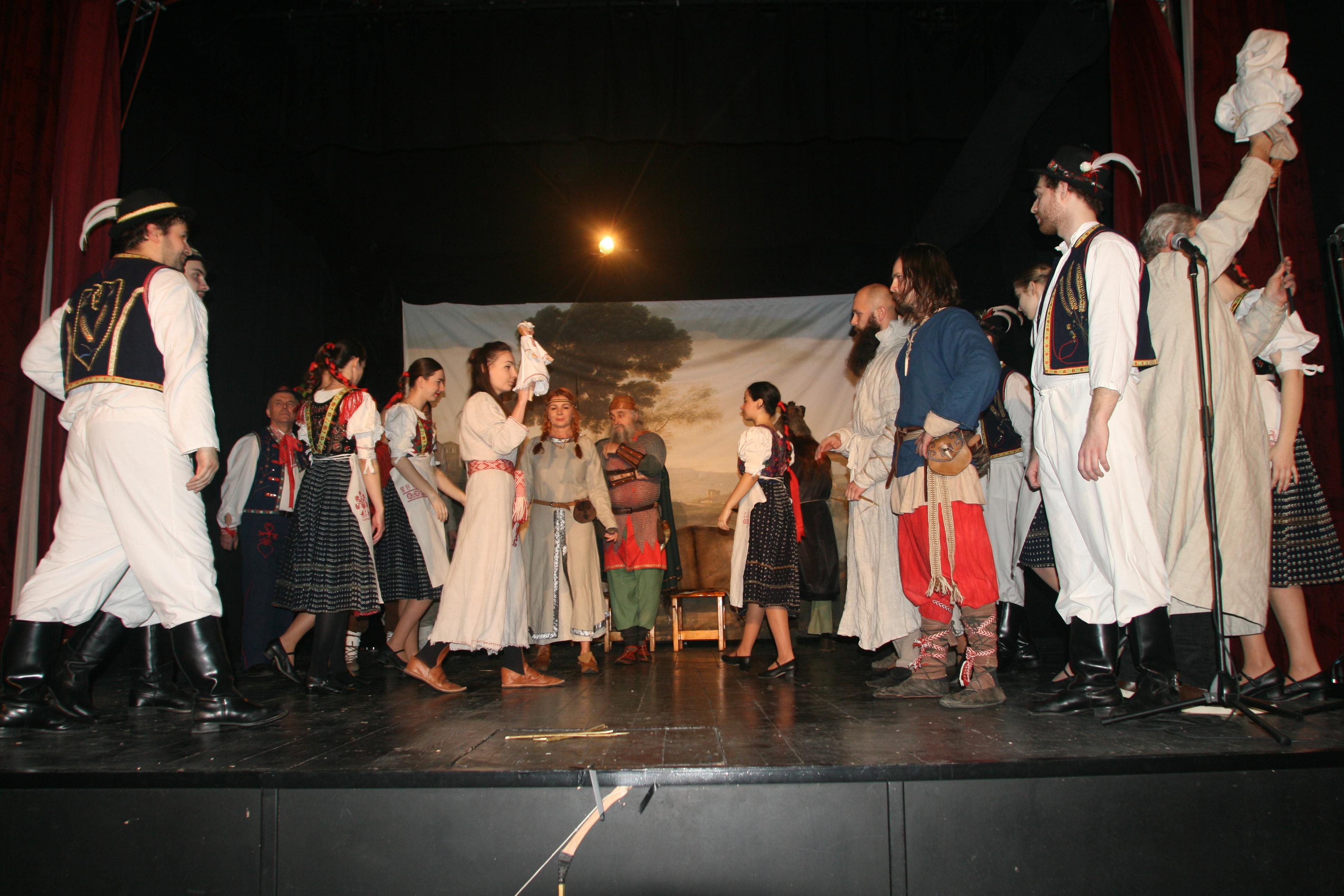 """Divadelné predstavenie – """"Návrat k našim ko - Kam v meste  3a760d88639"""