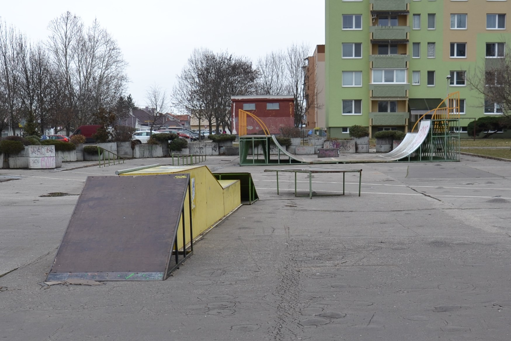 Zo skateparku parkovisko - Kam v meste  33a0ccd3c8e